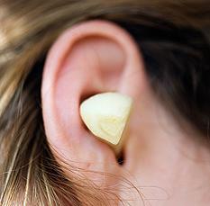 češnjak u uhu