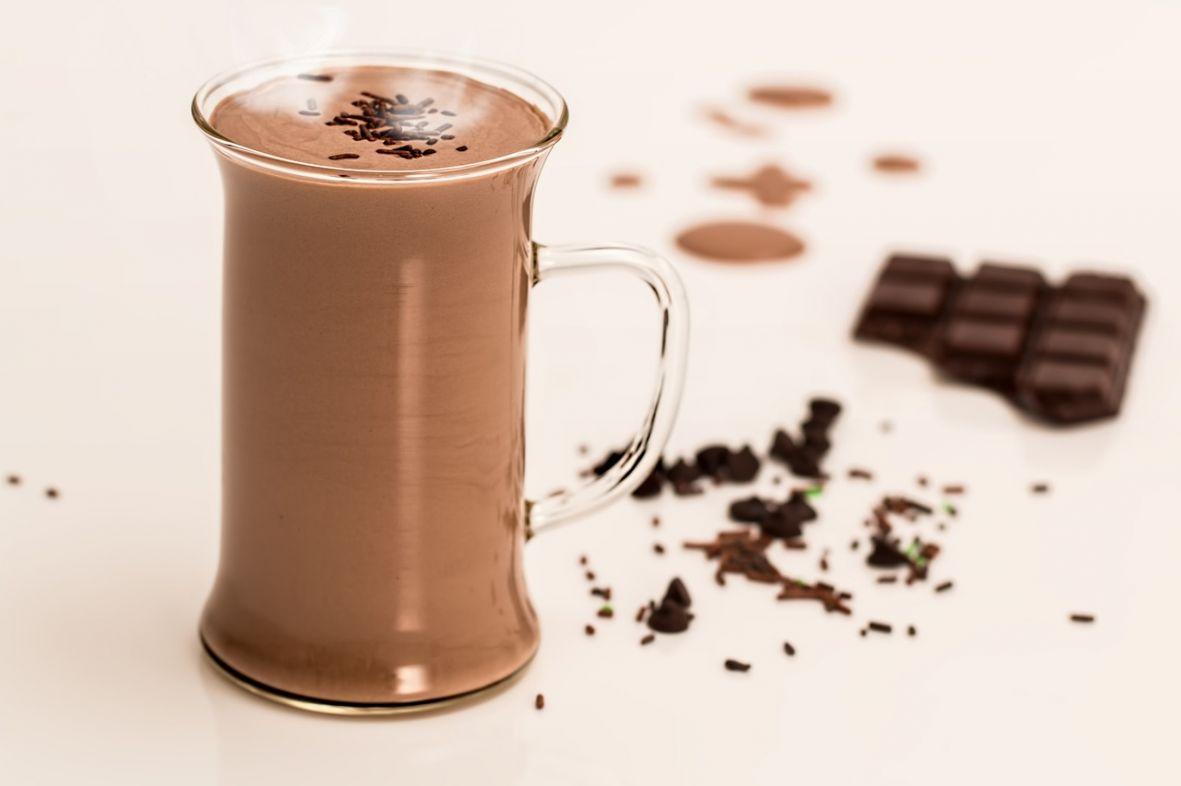 vruca_cokolada_napitak