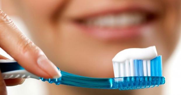 zubi-pranje-pasta-cetkica